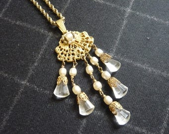 MIRIAM HASKELL NECKLACE vintage pendant/pearl necklace