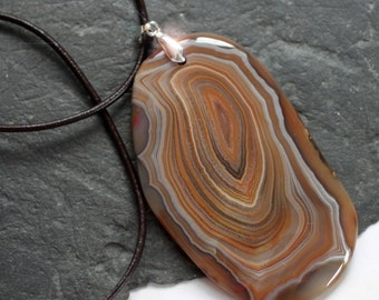 Terra Firma - Beautiful Brown Banded Agate Necklace