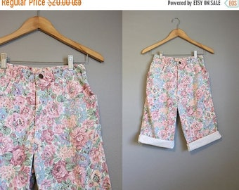 30% OFF SALE High Waisted Shorts Jean Vintage Denim Floral Long XS 25