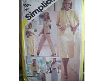 Simplicity Pattern 5384 - Women's Outfit Pattern - Uncut