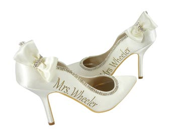 Ivory or White Pointed Toe Bridal High Heels/ 3 inch Closed Toe Pumps with Rhinestone and Last Name Personalized, Wavy Scalloped Sides