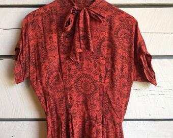Vintage 1940s silk novelty print dress • 50s swing dress • 40s silk dress