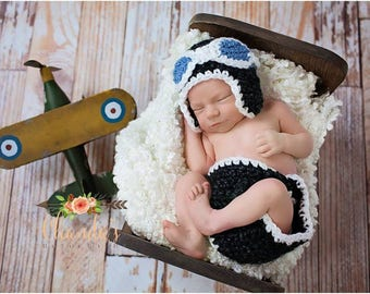 Newborn Aviator Hat and Diaper Cover Set- Airplane Hat with Goggles - Vintage Pilot Baby Hat and Short Set for Baby Boys - Photo Props