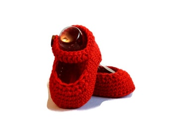 Mary Jane Knitted Baby Shoes in Red Merino Wool