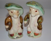 Artsy bunny salt and pepper shakers - french rabbit artist - vintage souvenir 1000 islands