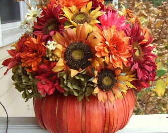 Thanksgiving Centerpiece - Pumpkin Floral Arrangement - Fall Centerpiece - Table Centerpiece