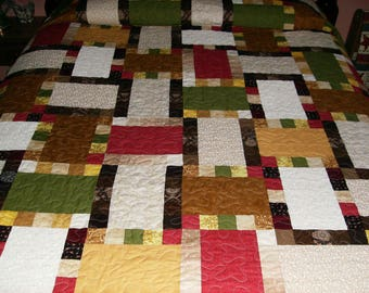 Stepping Stones Pattern Queen Size Quilt in beautiful earth tone colors!
