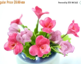 Miniature Pansy Polymer Clay Flowers Supplies Pansy for Dollhouse set of 12 stems with leaves
