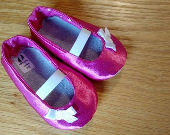 pink mary janes with bows for baby girls size 3-6 months