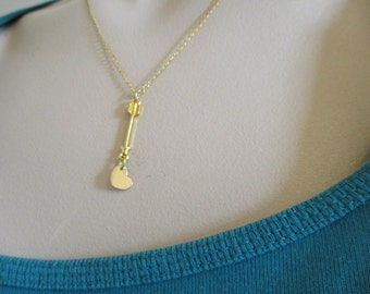 Arrow and Heart Necklace, Modern, Celebrity Inspired, Gold