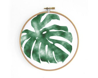 Monstera deliciosa leaf // embroidery hoop, urban jungle, wall decoration art by renna deluxe