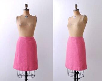 70's pink wool skirt. mini. 1970's vintage skirt. small. medium. pencil.