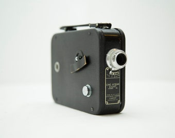 Vintage 1930s Cine-Kodak Eight Model 25 8mm Camera with Leather Case