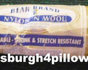 New Listing - Bear Brand - Nylon and Wool - 60 % Crimp-Set Nylon & 30 Virgin Wool - 286 - 1 Oz.