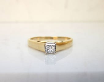 Estate 14k Solid Yellow Gold and .23 Princess Cut Diamoond Solitaire Engagement Ring, Size 6.5