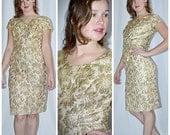 Vintage Late 60s Early 70s Shiny Metallic Gold Brocade Cocktail Dress 32 Inch Waist