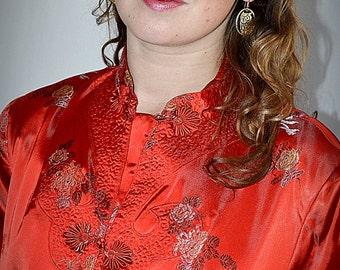 SALE Vintage 1950s Chinese Red Satin Brocade Robe Jacket Coat With Trapunto Stitching Sz L