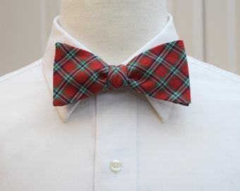 Men's Bow Tie, red and green plaid, Scottish tartan bow tie, classic plaid bow tie, groom bow tie, Irish plaid bow tie, self tie bow tie