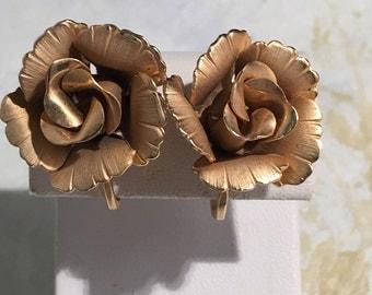 Lisner Elegant Rose gold tone clip earrings
