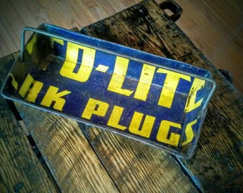 Auto-lite spark plugs sign tray - American folk art