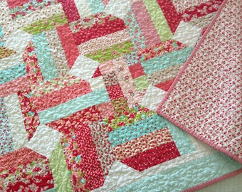SALE - Little Ruby Throw Quilt