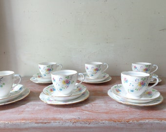 Vintage Royal Grafton Afternoon Tea Setting - 18 pieces