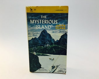 Vintage Sci Fi Book The Mysterious Island by Jules Verne 1965 Paperback Classics