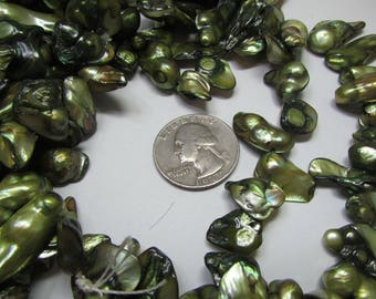 Blister Pearl, dyed Green