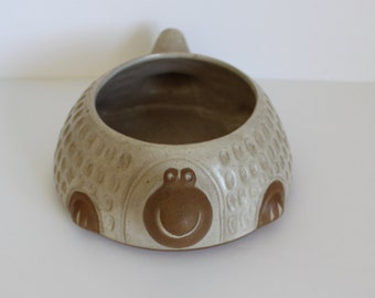 Vintage David Stewart Lion's Valley Stoneware Turtle/Tortoise Planter