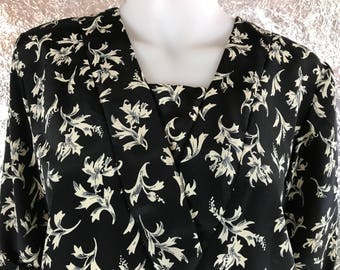 CLEARANCE  Vintage 70's Drop Waist Floral Print Dress  M