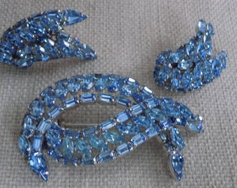 Vintage jewelry, signed Sherman, brooch and earrings, clip-on earrings, original box, blue jewelry set,Gustave Sherman