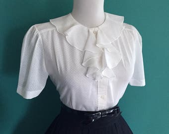Vintage 1960s White Swiss Dot Cotton Short Sleeve Button Down Ruffle Blouse Top Shirt
