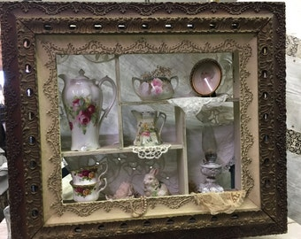 Antique Victorian Shadow Box~Curio~ornate