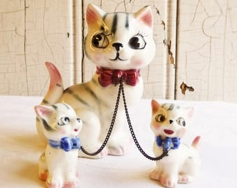 Mother Cat with Two Kittens Figurine Set - Vintage Kitty Vanity Set - Chained Together - Mid-Century 1950s - Vintage Cat Family