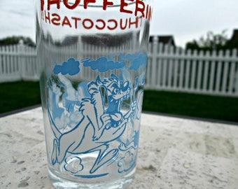 Vintage Tasmanian Devil Juice Glass - Cartoon Glass Warner Bros., Inc. 1974 Thufferin' Thuccotash! Daffy Duck, Porky Pig, Petunia Pig, Elmer