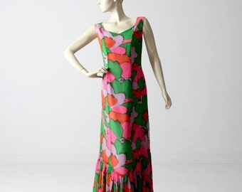 SALE 1960s mod maxi dress, vintage long print dress