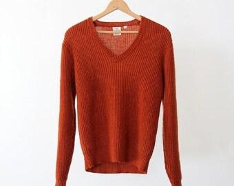 SALE 1970s v-neck sweater, vintage ribbed knit pullover