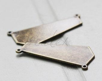 2 Pieces / Antique Brass / Brass Base / Irregular / Link (C3087//A553)