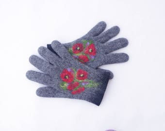 Felted gloves Gray Black Poppies