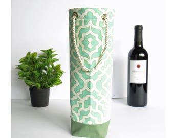 Bottle Gift Tote - Green & Cream - Wine, Whiskey, Craft Beer, 750ml Bottle Bag