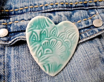 Heart Pin, Love Brooch, Green heart, Lace Pin, Lace Jewelry, Ceramic heart pin, Pottery Brooch, Aqua brooch, stamped pin, porcelain brooch