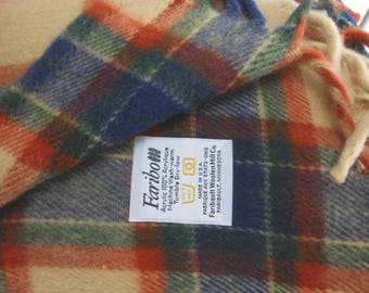 FARIBO Acrylic Throw Beige Navy Rust Plaid  EXCELLENT Unusual Tartan