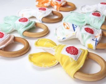 All Natural Maple & Organic Cotton Teething Ring