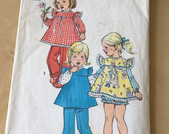 Simplicity #5935 - Size 3 Toddlers' Smock, Panties and Pants Pattern