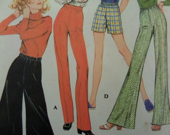 BELL BOTTOM PANTS Pattern • McCall's 2721 • Miss Waist 23 • Pull-On Pants • Gauchos • Sewing Patterns • Vintage Patterns • WhiletheCatNaps