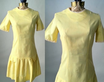 Vintage Retro 1960s Yellow Mod Dress, Flapper Style, Small Size