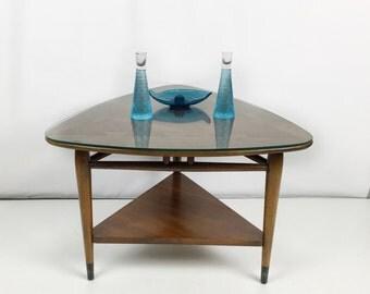 Lane Acclaim guitar pick table / Mid century modern table / Lane Acclaim triangle table / mcm side table