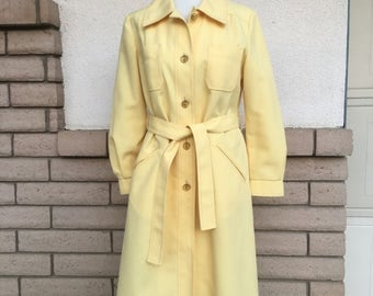 Vintage 60s 70s Yellow Trench Coat Mad Men Belted Maincoats by London Fog Size 14