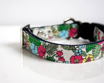 Tropical Leaves Floral Dog Collar