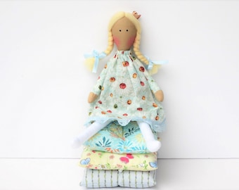 The Princess and the Pea doll play set rag doll, cloth doll fairy tale Princess doll fabric doll blonde stuffed doll nursery decor